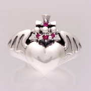 Pussy Knight Ring
